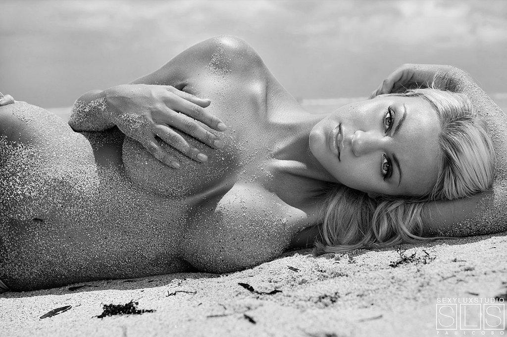 Sexy Black and white beach shot